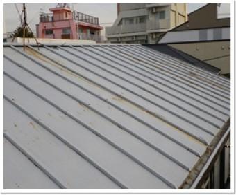 トタンの屋根