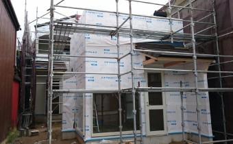 A様店舗の外壁防水1 モエン透湿防水シートIII