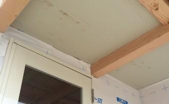 A様店舗の外壁防水2 ドアと庇の間の防水シート
