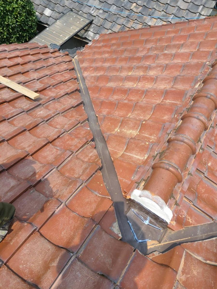 谷樋板金、雨漏り修理、棟積み直し