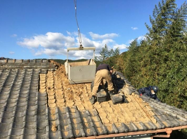 湿式瓦工法、瓦めくり