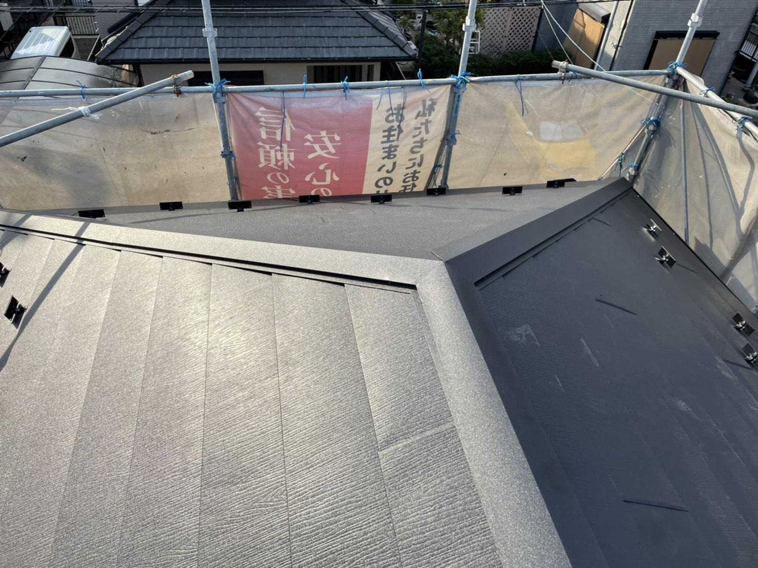 四日市市にて行った屋根のカバー工法