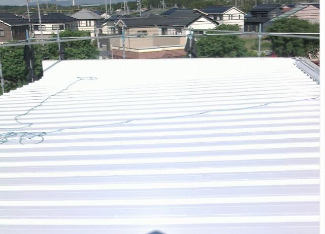 屋根 中村美容室 立平葺き 三晃式 ガルバリウム鋼板