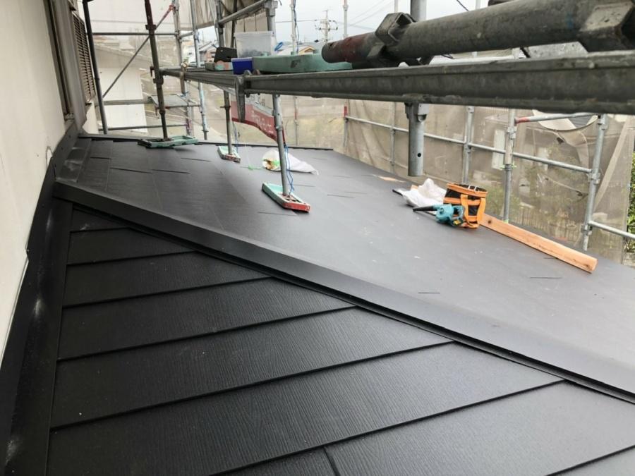 四日市、屋根工事、棟板金、カバー工法