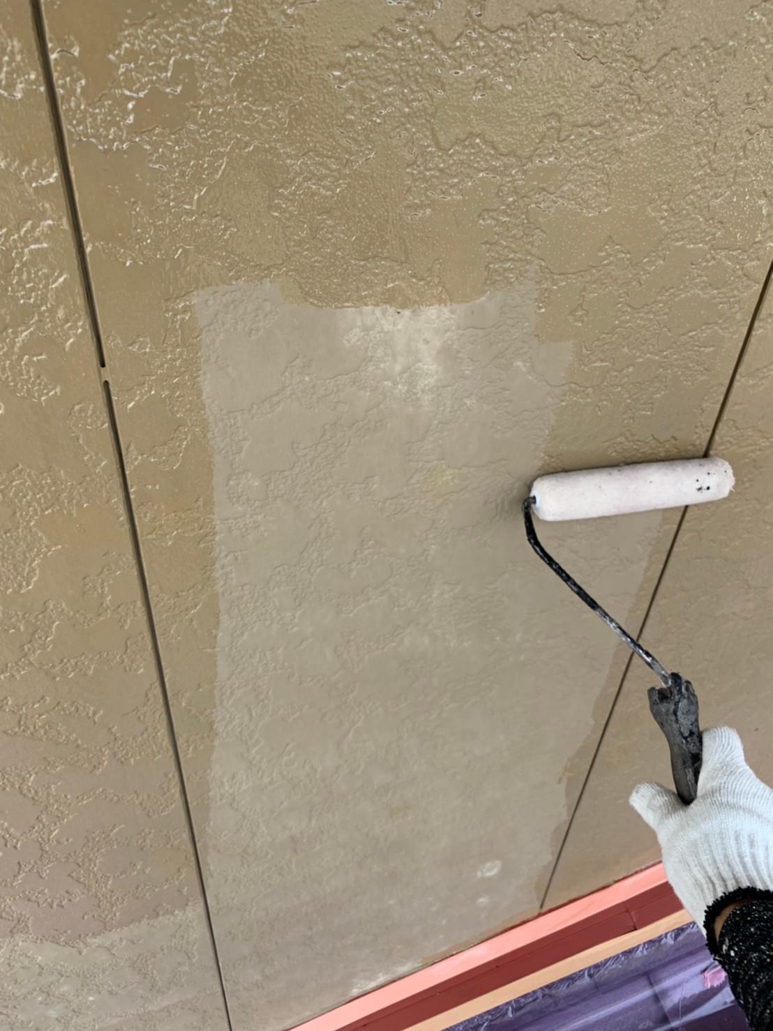 四日市市、外壁塗装、下塗り