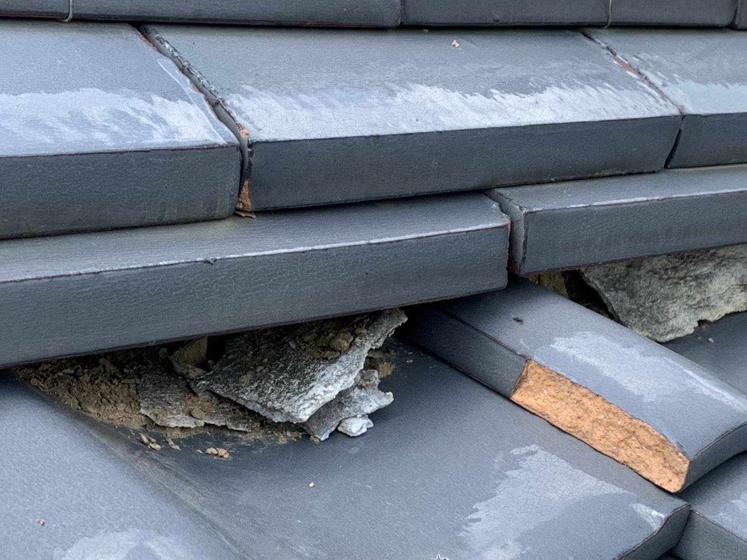 四日市市漆喰の屋根補修が必要