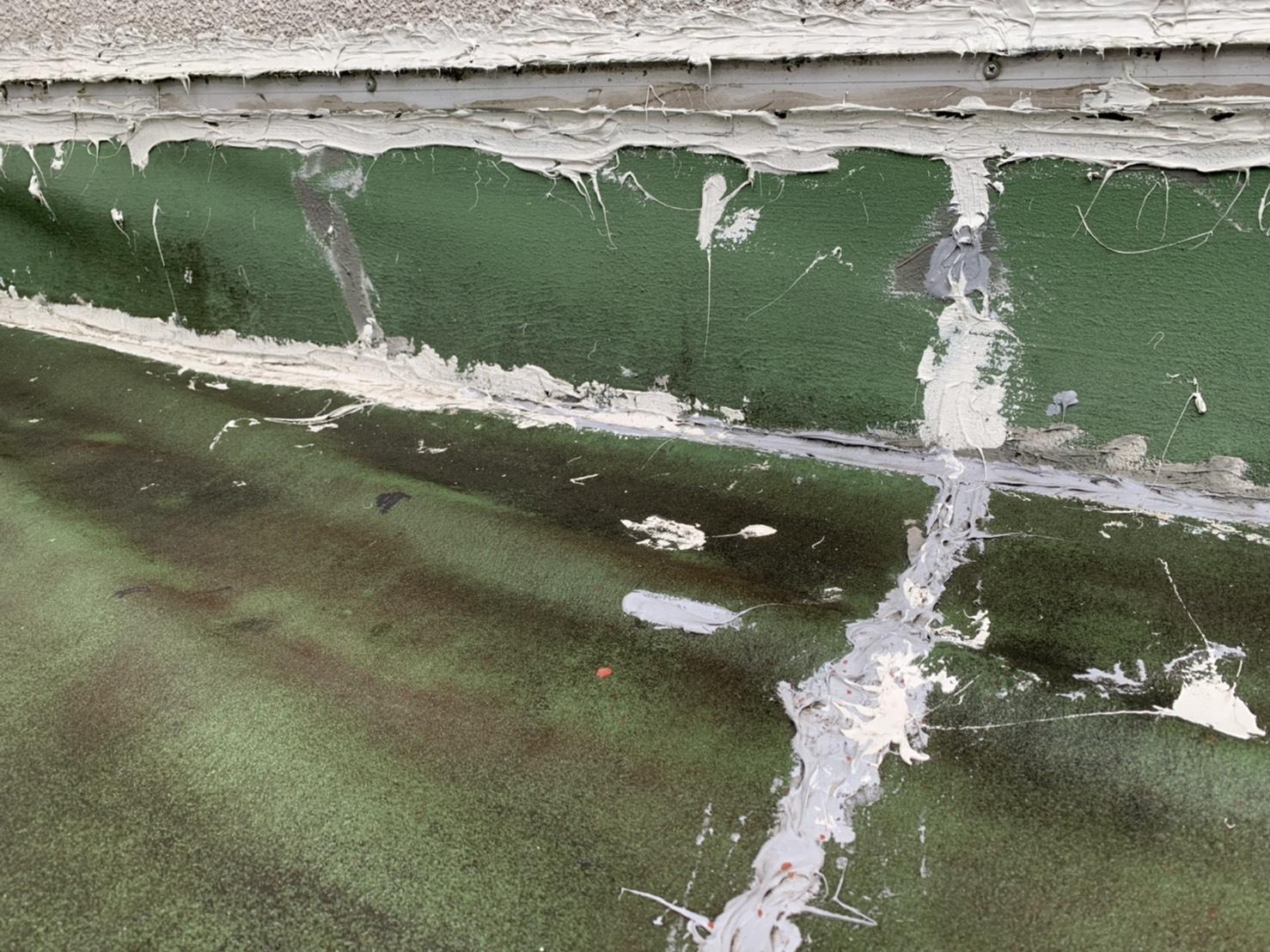 桑名市のシート防水劣化状況