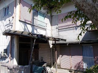 玄関庇破損 街の屋根やさん四日市店