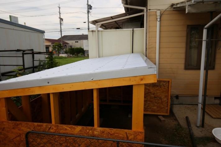 トタン屋根、波板、板金