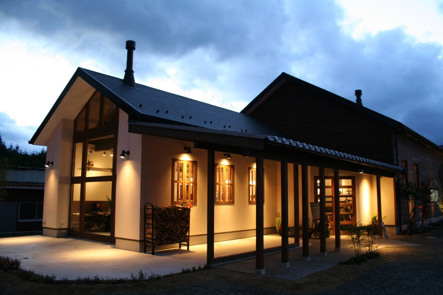 屋根風景 照明デザイン 夜屋根