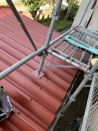 折板カーポート屋根(下塗り)