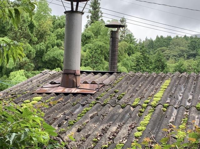 スレート屋根、煙突