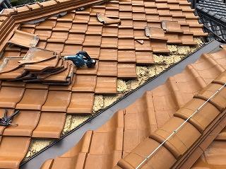 街の屋根やさん四日市店 谷板金