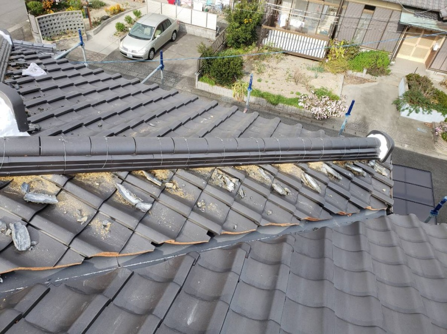 街の屋根やさん四日市店 漆喰塗り直し