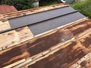 台風被害 ガルバリウム銅版 瓦棒 雨漏り 補修 街の屋根やさん