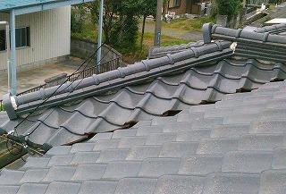 漆喰剥がれ 隅棟 街の屋根やさん四日市店
