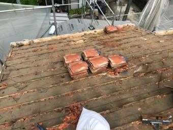 屋根葺き替え、瓦撤去
