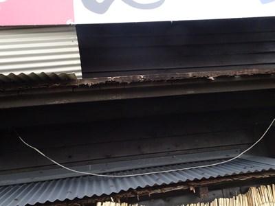 トタン屋根 台風被害